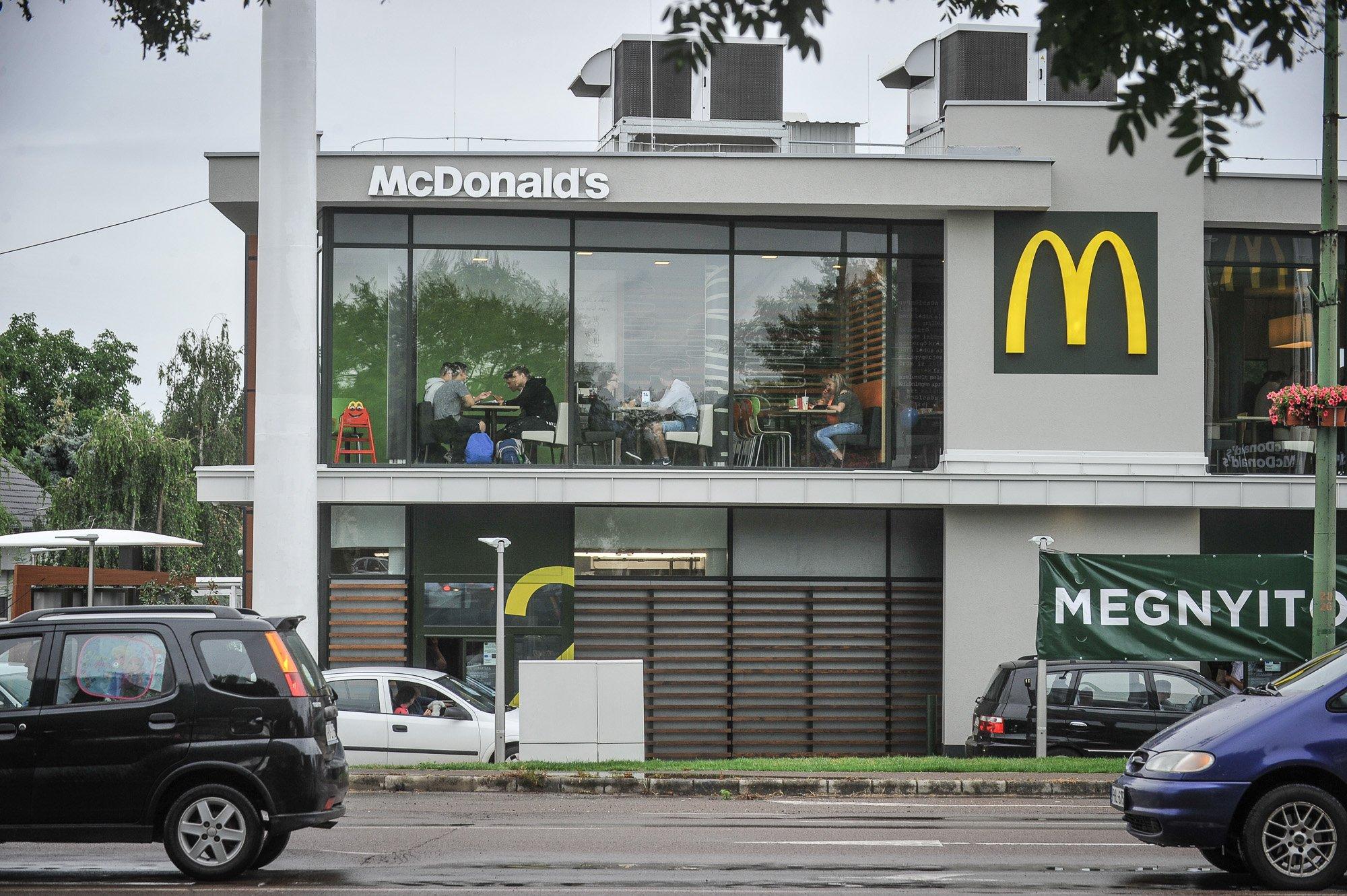 Új McDonald's Gyöngyösön