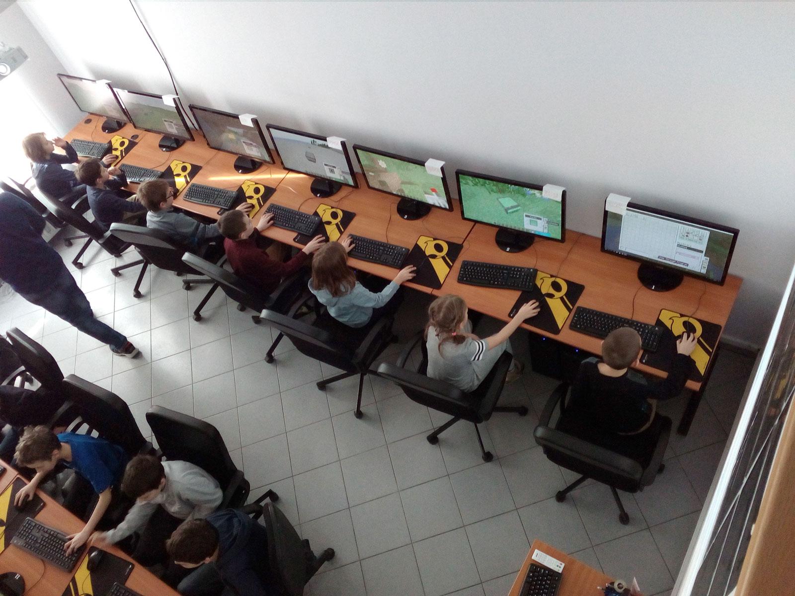 Komputrilo Akademia Komputerowa