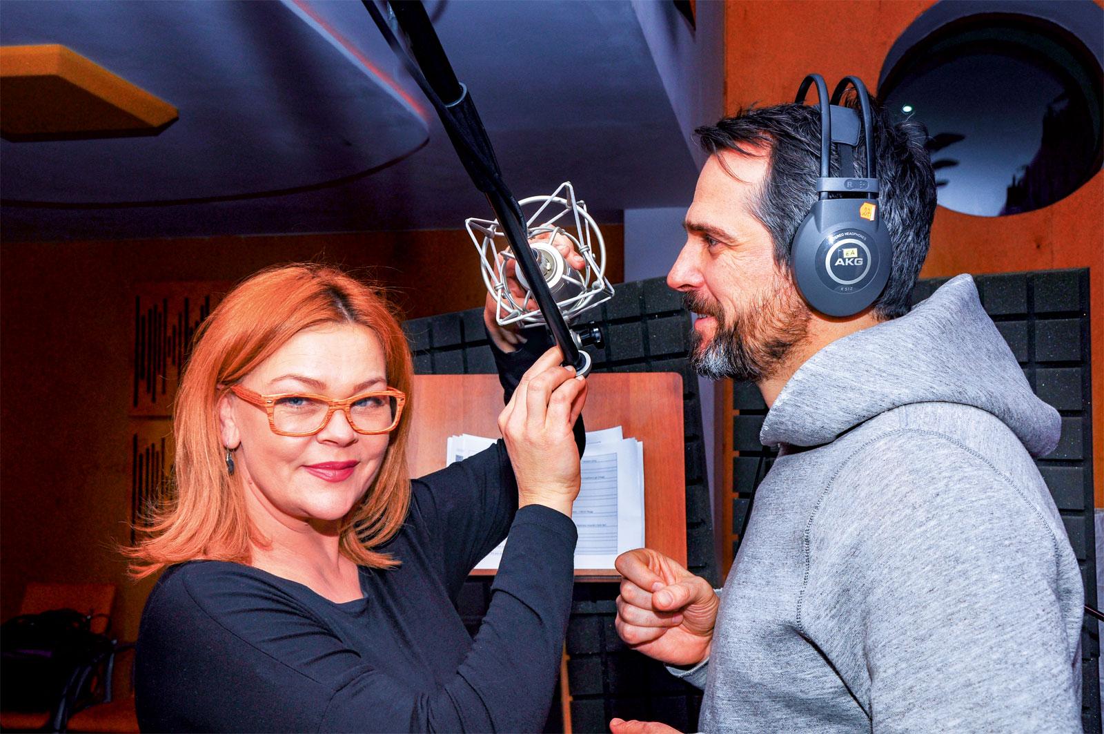 Beata Kawka, aktorka, współwłaścicielka studia dźwiękowego