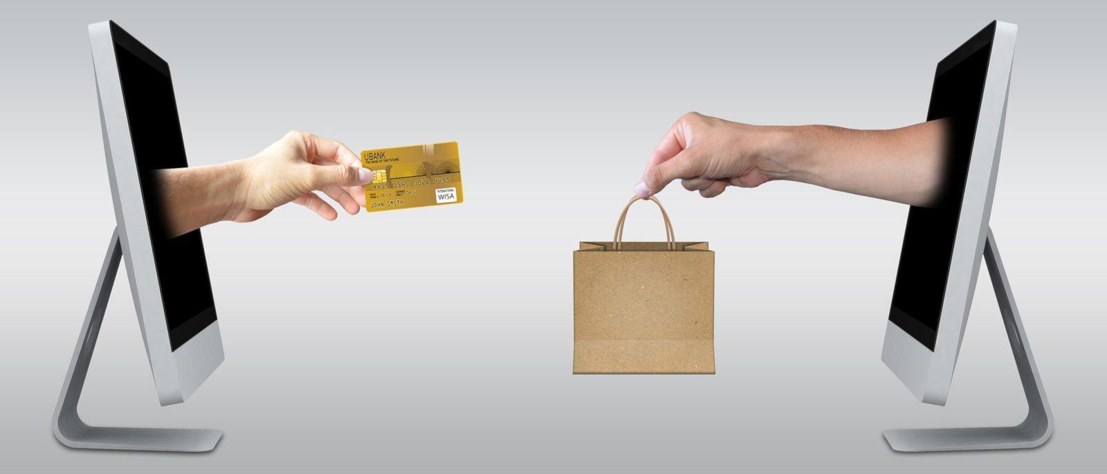 Kamenná prodejna vs. internet