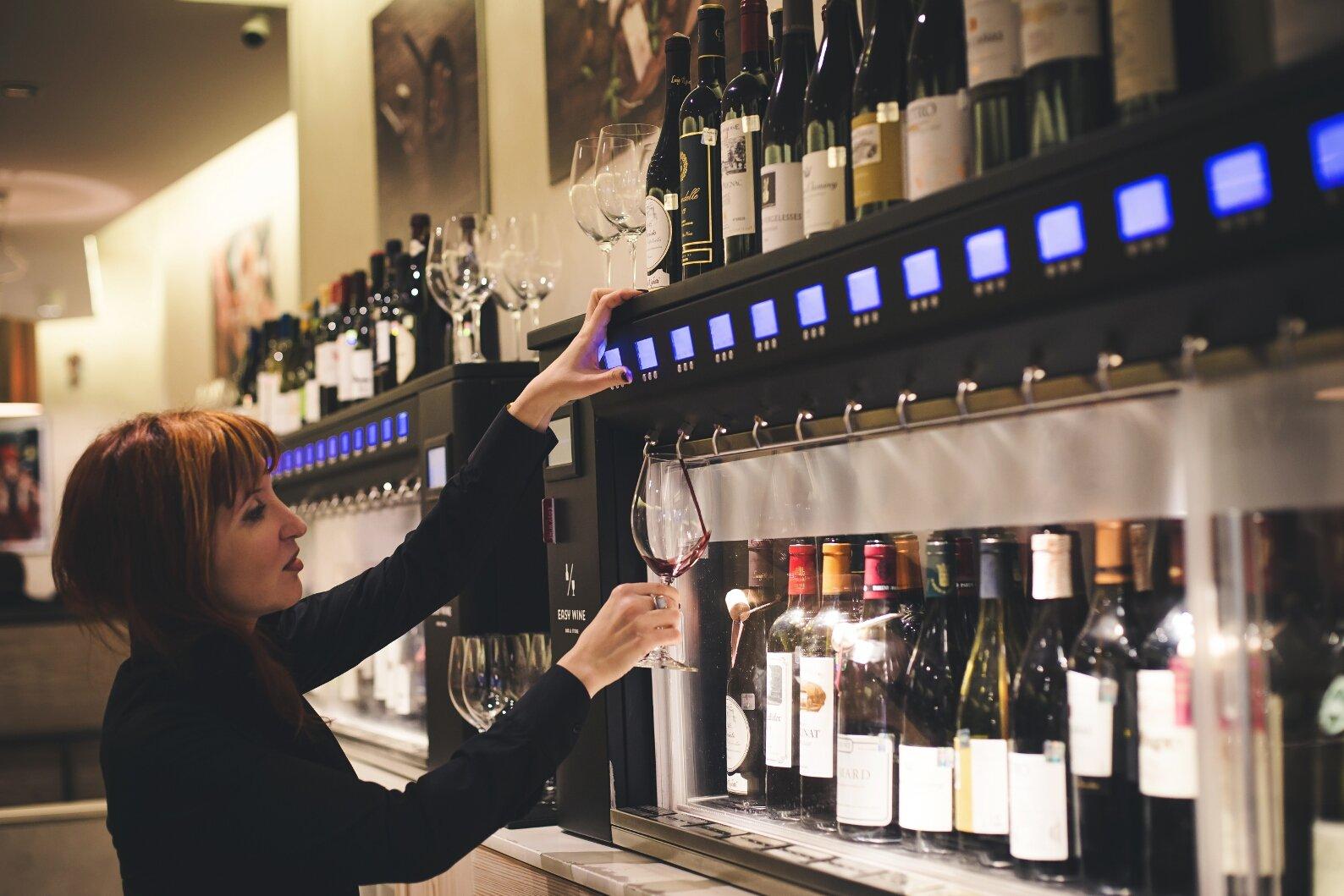Easy Wine önkiszolgáló borétterem
