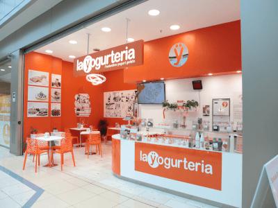 Un locale La Yogurteria