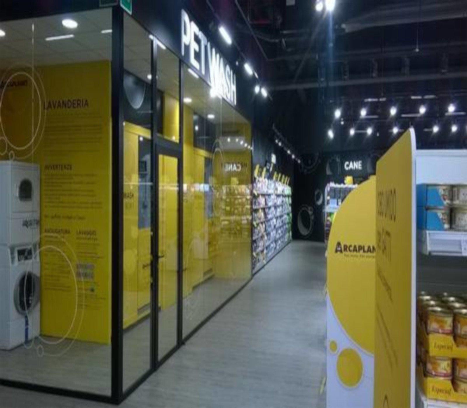 Arcaplanet, il servizio Pet Wash dello store di Milano