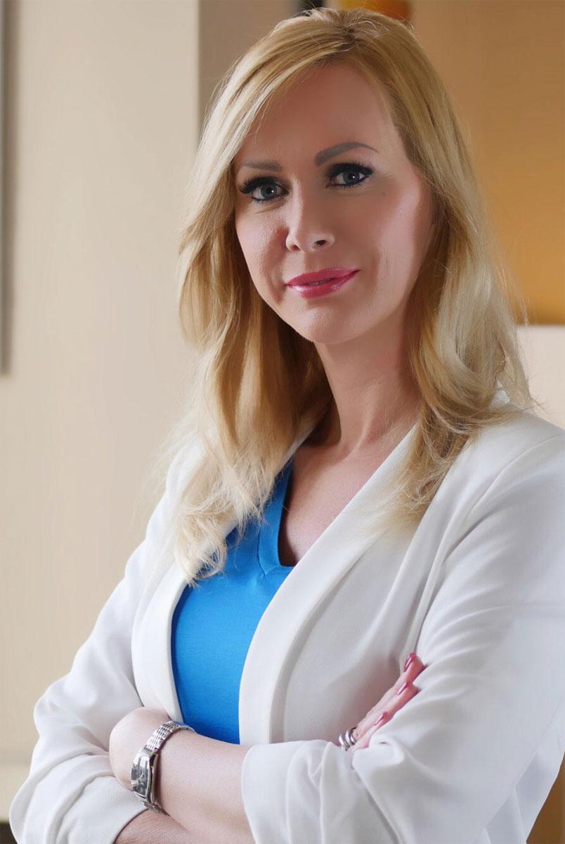 Eva Farkas, przedstawicielka węgierskiej marki Collagen Coctail