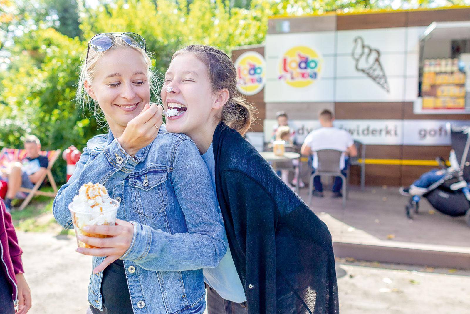 bd8b90be7c Inwestujemy w mobilną lodziarnię - Franchising.pl - franczyza ...