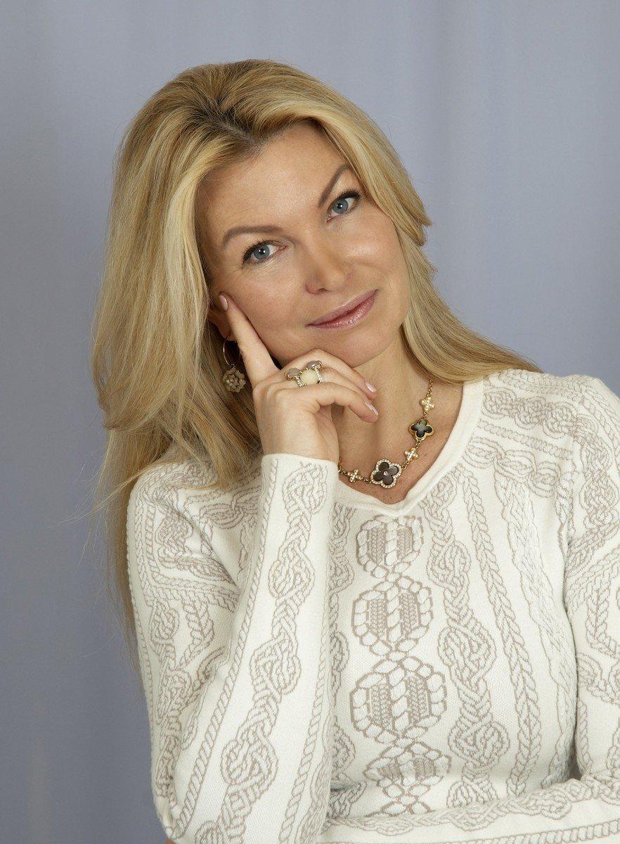 Katarzyna Dziuba, właścicielka biura matrymonialnego Infinity Love
