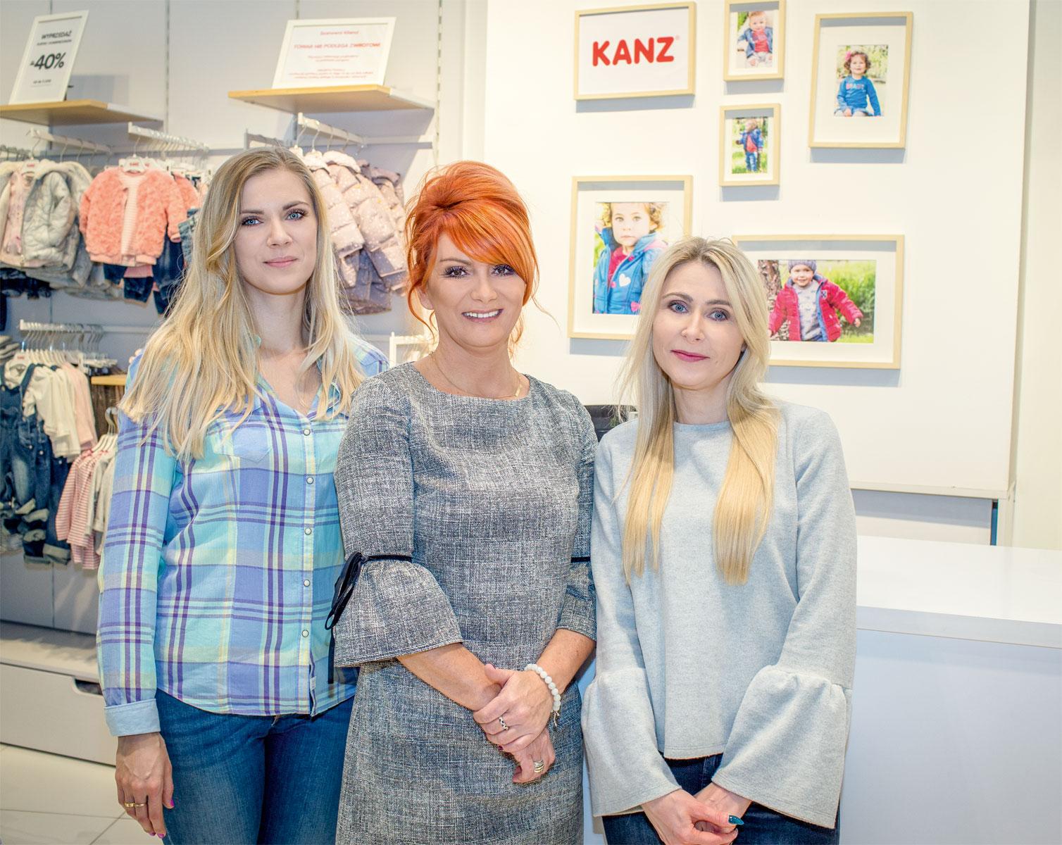 Lidia Pliszka (w środku), franczyzobiorczyni Kanz