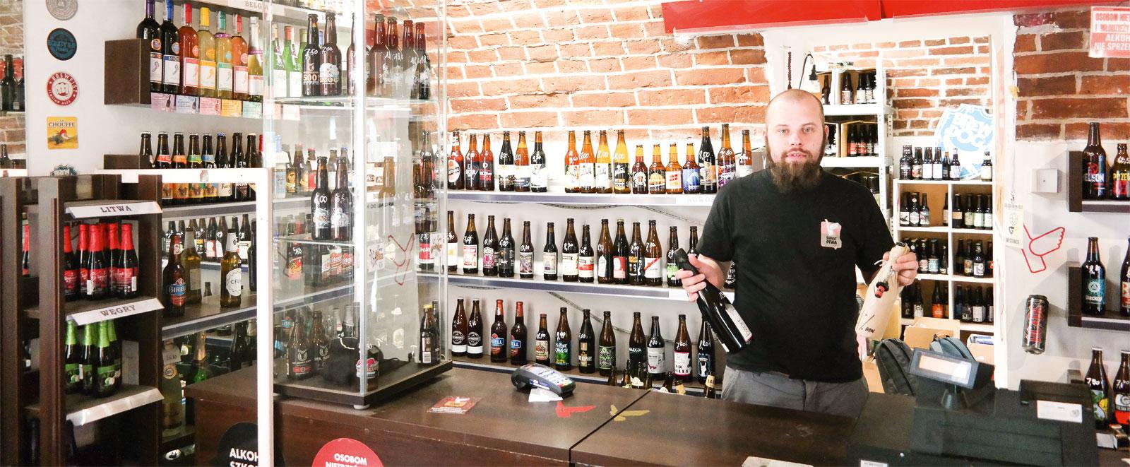 Krystian Tomczak, menedżer sklepu  Świat piwa