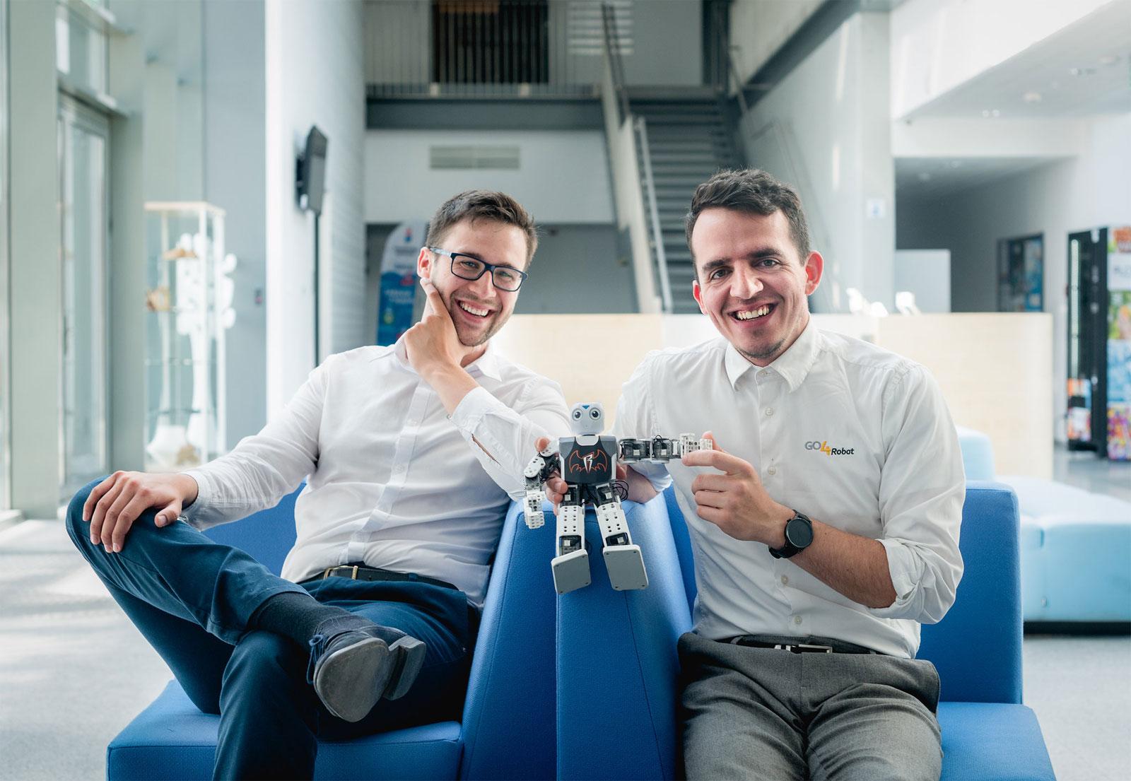 Marek Maj i Jarosław Kałasz, założyciele Go4Robot