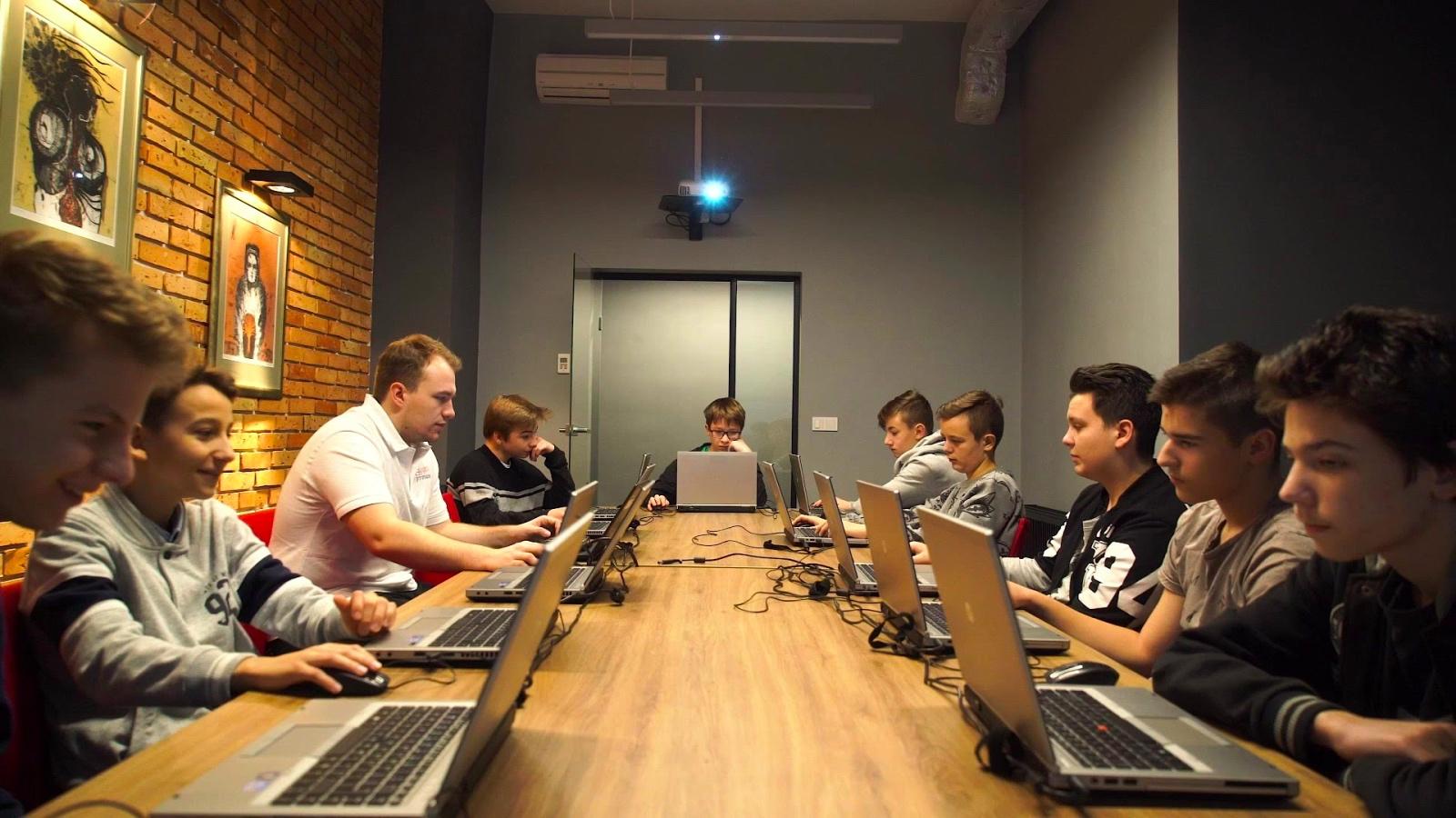 Малите големи програмери