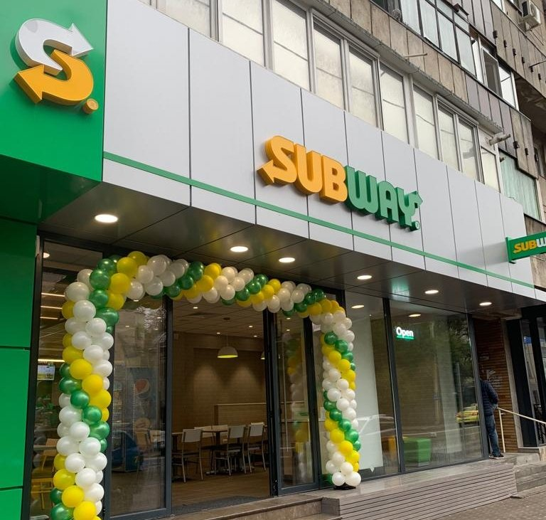 Fresh Forward Décor by Subway®