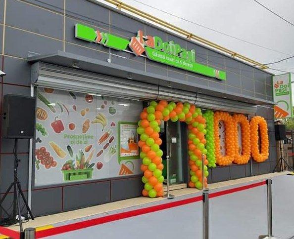 Magazinul LaDoiPași cu numărul 1000