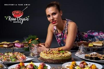 Izlazi sa sirovim veganom